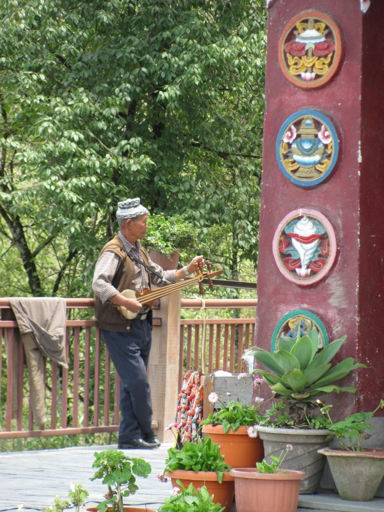 travel blogger Near Gangtok