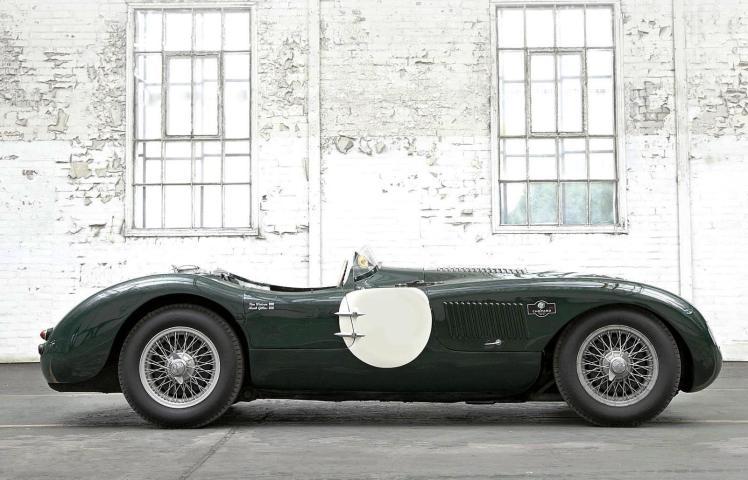 Jaguar Heritage Driving Experience