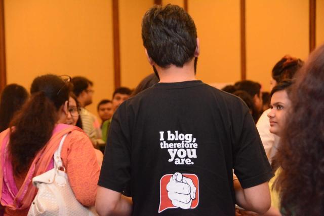 i blog!